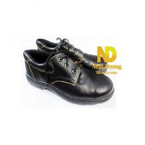 Giày ABC thường phù hợp sử dụng trong môi trường nhà xưởng, công trình xây dựng, xưởng cơ khí. Lưu ý khi sử dụng: Hạn chế giặt giày.