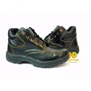 giày abc cao cổ là mẫu giày tầm giá rẻ, phù hợp sử dụng trong môi trường xây dựng, nhà xưởng cơ khí. Giày chống trơn trượt, chống đinh, chống va đập.
